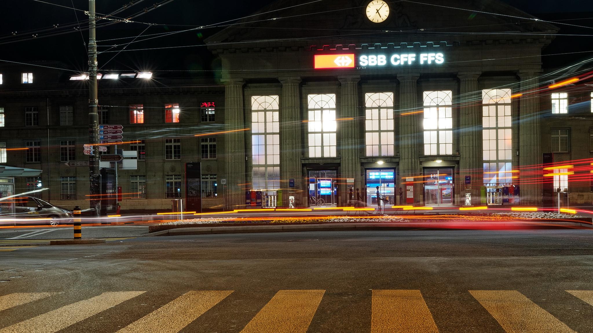 Früh am Bahnhof